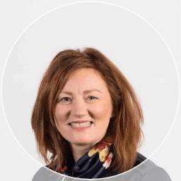 Dr Linda Christie
